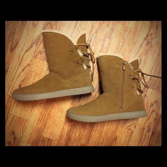 03b9f601f9c NWOT Koolaburra by UGG Shazi short suede boots